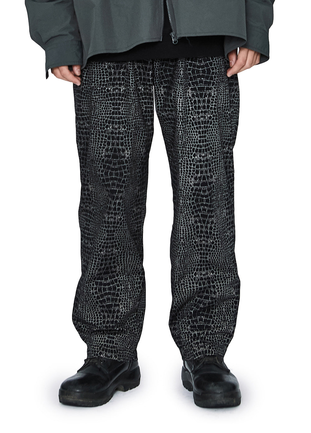 LMC CROC DOUBLE PLEATED EASY TROUSER black