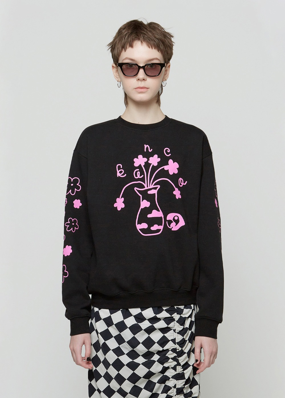 KANCO FLOWER VASE SWEATSHIRT black