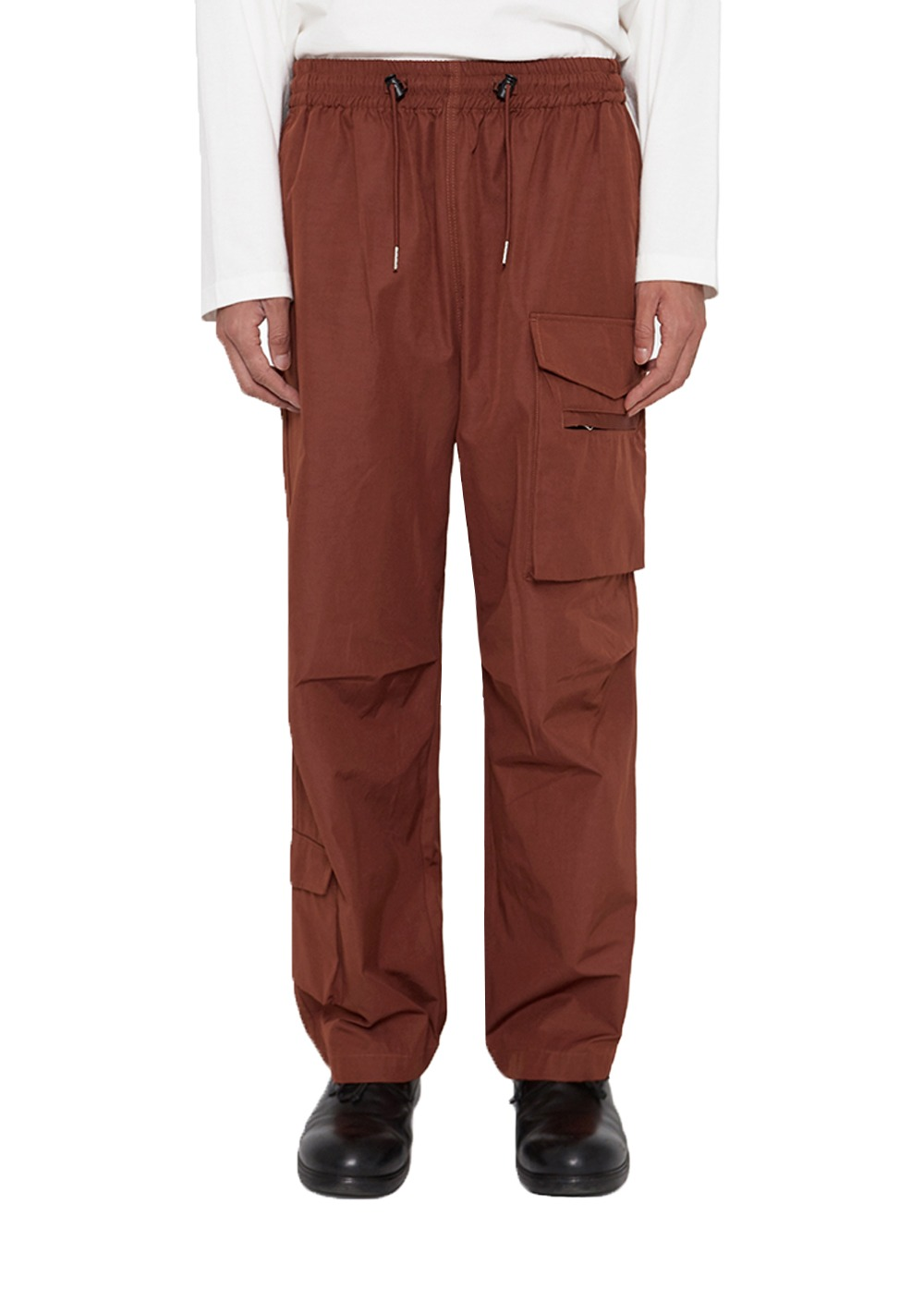 LIFUL KNEE TUCK CARGO PANTS red brown